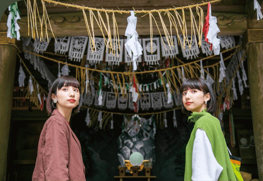天岩戸神社西本宮の2人